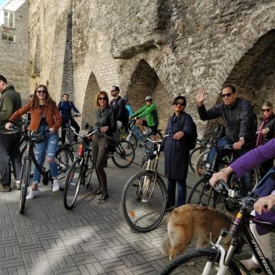 Linnatuurid jalgrattal