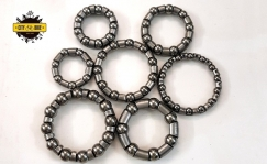 Bearings in different sizes